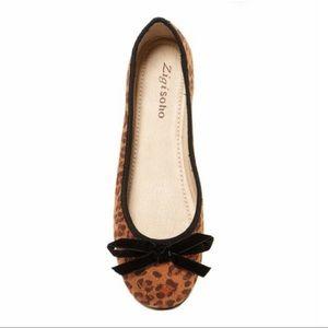 Zigi Soho Taite leopard velvet ballet flats 8.5